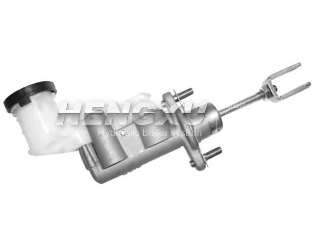 Clutch Master Cylinder:8-97945-438-0
